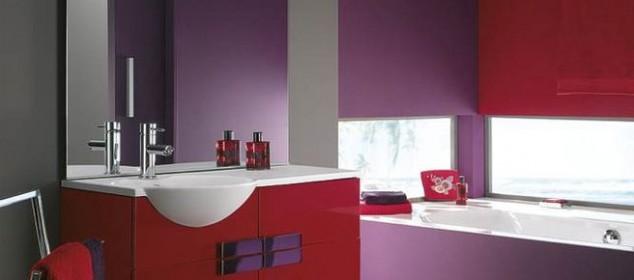 baie in culori vii