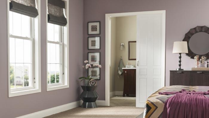 model dormitor purpuriu poza